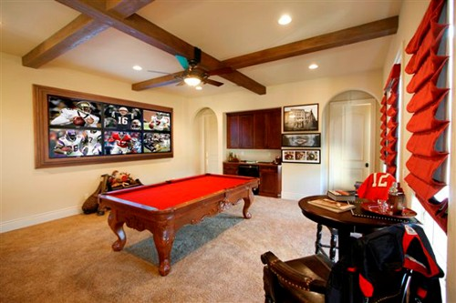 Man Cave With Multiple Tvs : The toughest man caves and their av systems