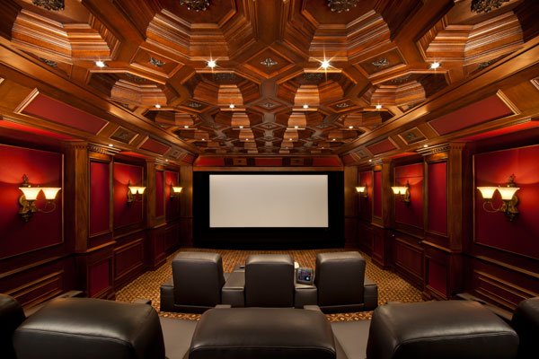 Tech at home ultimate garage theater the channelpro network for Homes for sale with theater room